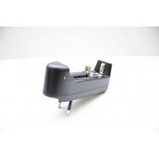 Зарядное устройство с вилкой